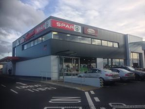 Barack Obama Plaza (Moneygall) services